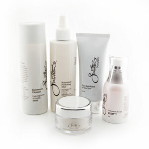 Save $60 on Anti-Ageing daily skincare pack